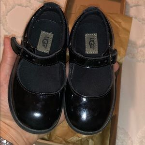 Maryjane Uggs black size 7